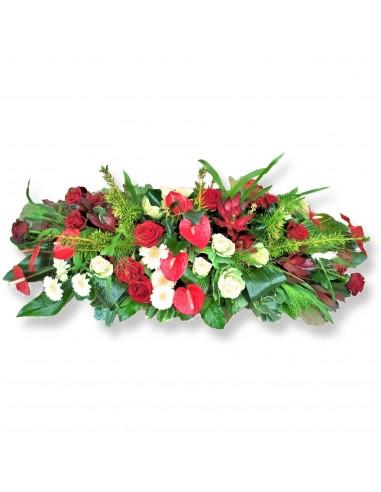 Linear funeral arrangement